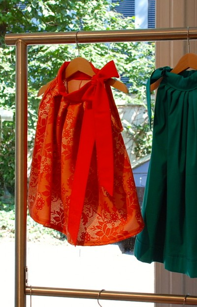 Kleid bzw. Tunika rot mit Schleife
