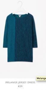 Blaues Jersey Kleid